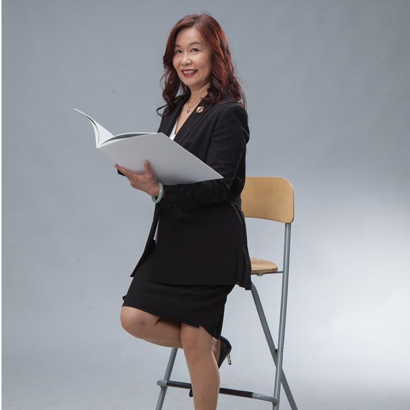 慶啟⼈律師